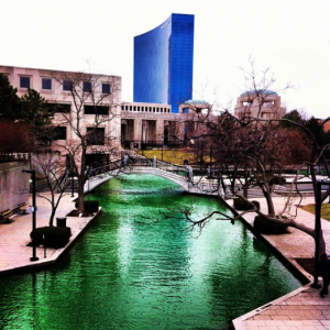 indianapolis_river_green